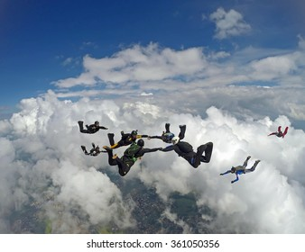 Skydiving group formation having fun