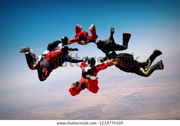 Ausbildung von Skydiving-Teamwork