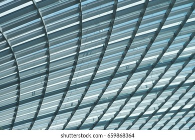 Skylight roof structure of glass and steel interlaced