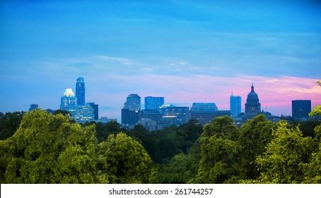 Skyline of Austin, Texas at dusk