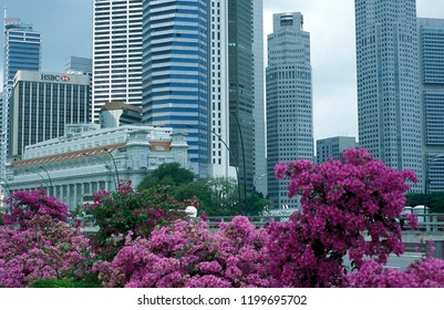the skyline at the Bank quater at the Singapore River and Marina Bay in the city of Singapore in Southeastasia.    Singapore, December, 2001