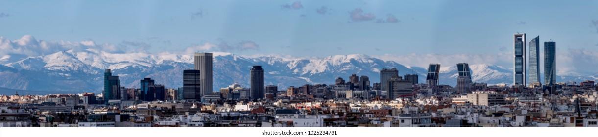 Horizonte da cidade de Madrid, capital da Espanha
