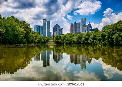 Skyline of downtown Atlanta, Georgia from Piedmont Park