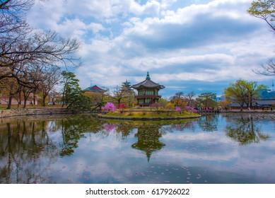 skyline at gyeongbokgung palace seoul city korea