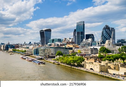 Skyline of London with the Thames River