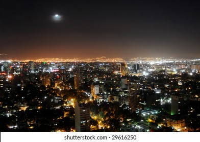 Skyline of Mexico City at night, shot from Colonio Polanco district towards northwest. The sky is unusually clear and free of smog.