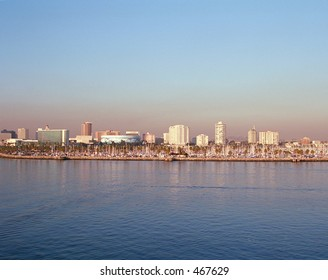 skyline photo of longbeach, ca