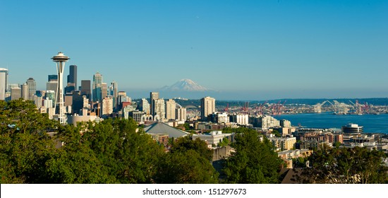 Skyline of Seattle, Washington, USA