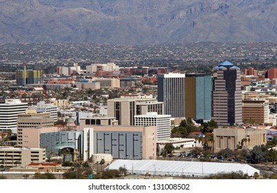 Skyline of Tucson Arizona, flanked by the Catalina mountains