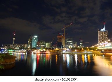 Skyline of Vienna and the Danube river