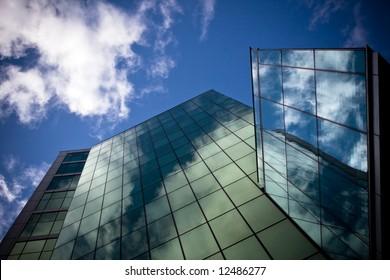 Skyscraper wide angle, polarized filter