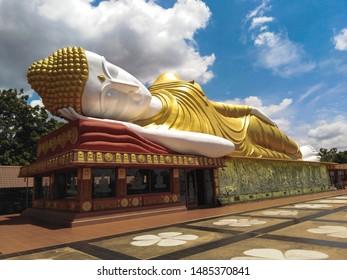 Sleepiing buddha statue in Khon kaen ,Thailand