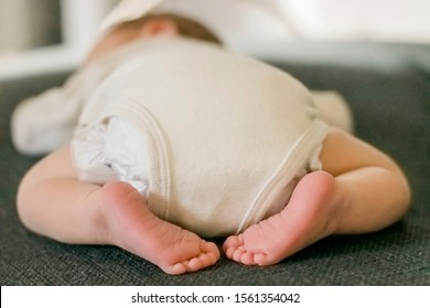 Sleeping newborn portrait – Kempen, Germany