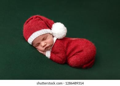 Sleeping Newborn Santa