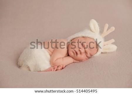 8afbe02c2adef Sleeping One Week Old Newborn Baby Stock Photo (Edit Now) 514405495 ...