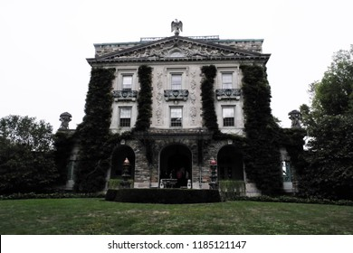 Sleepy Hollow, NY/USA - September 9, 2018: Kykuit was home to four generations of the Rockefeller family, beginning with the philanthropist John D. Rockefeller, founder of Standard Oil.