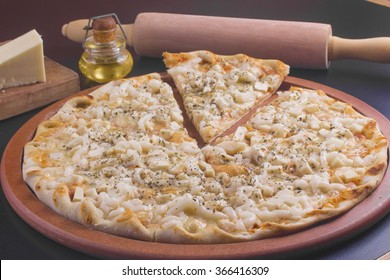 Slice of Chicken with catupiry cheese pizza.