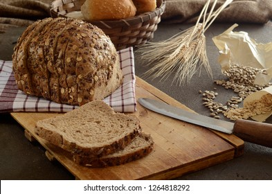 Sliced bread on wood