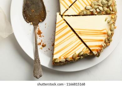 Sliced cheesecake on plate