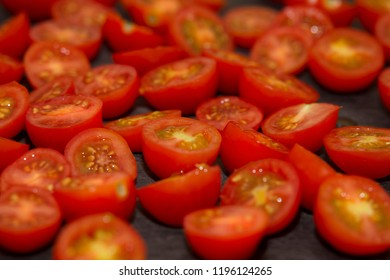 Sliced cocktail tomatoes