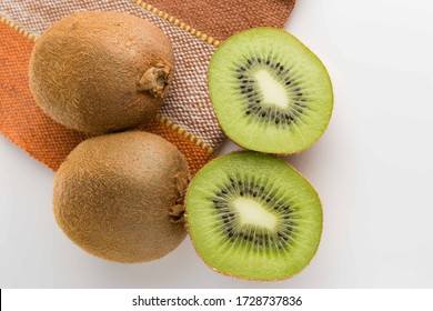 Sliced kiwi. Kiwi. Healthy food. Tropical fruit