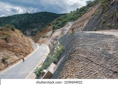 Slope rockfall protection mesh and landslide protection in Telpaneca, Madriz, Nicaragua.