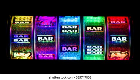 Slot machine cylinders with bars.
