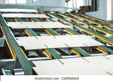 Slotting Cutting Machine Conveyor belt corrugation boxes