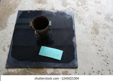 Slump flow testing's equipment and test procedure