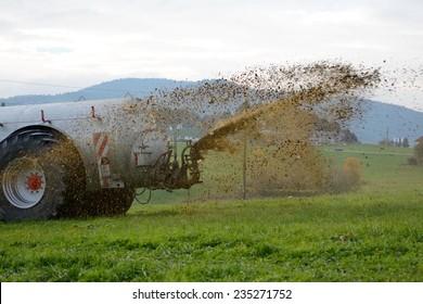 Slurry application on a meadow