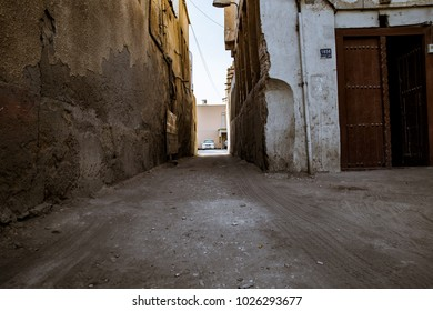 A small alley in Bahrain.