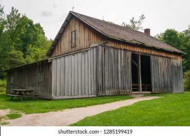 A small barn like building at Ohio's only national park, Cuyahoga Valley.
