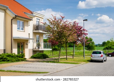 Small block of flats in green nature