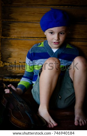 aed3b80cb9e57 Small Boy Short Hair Wearing Beret Stock Photo (Edit Now) 746940184 ...