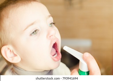 small child, spray for throat