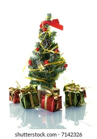 Small Christmas tree with presents