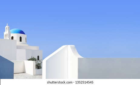 Small church and buildings of Santorini