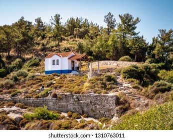 Small church near Thasos Town limenas