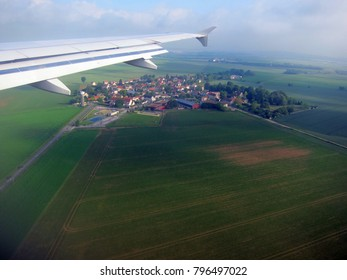Small French town just before landing in Paris