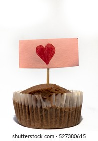 Small gift muffin with heart sign