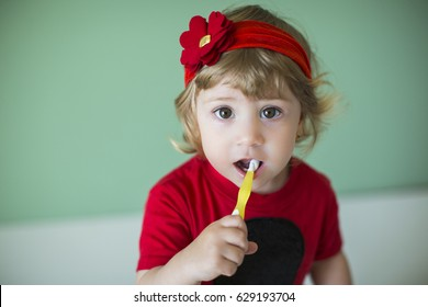 Small girl teeth brushing