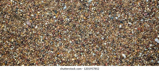 Small gravel, colorful river gravel used in flooring. Structural work Use sidewalk to decorate the garden.Long banner