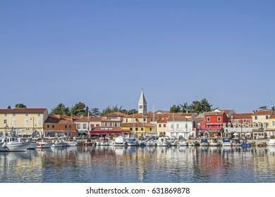 The small idyllic fishing village Novigrad on the Istrian west coast lies on a peninsula