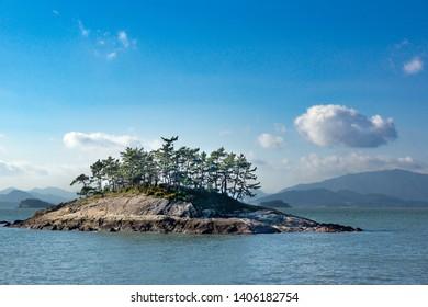 The small island near to Wando