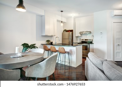 Small Luxury Apartment Images, Stock Photos & Vectors ...