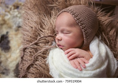 aa4e186d3a7 Small Newborn Cute Baby Infant Boy Stock Photo (Edit Now) 759518575 ...