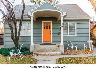 Small, old urban home restoration