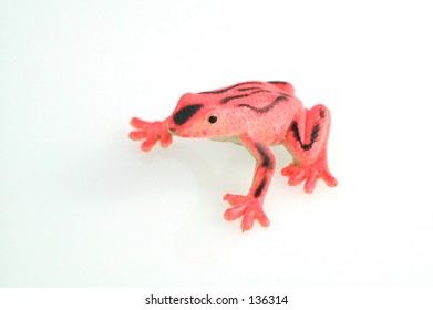 Small plastic reed toy frog