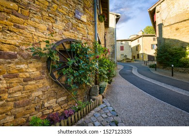 Small roads in Oingt village, Beaujolais, France