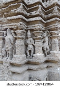 Small Sculptures of Devotees at corners of pillars. Place- Aishwaryeshwar temple, India